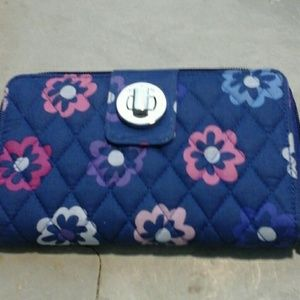 Vera Bradley Ellie Flower wallet